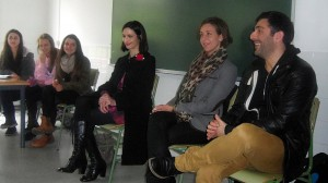 Sabela Paradela de la Morena, médica, Isabel Noya Rey, abogada, e Milo Taboada, actor e empresario teatra