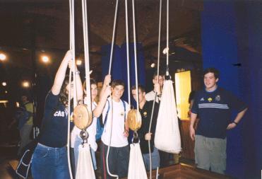 Un grupo de esforzados no Museo da Ciencia