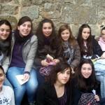 Foto de la mayoría de las chicas en el mont Saint Michel.