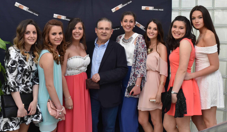 Eva, Andrea, Dámaris, Carlos, Laura, Irea, Nuria e Nicole